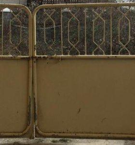 Въездные ворота и две калитки