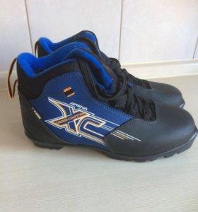 Лыжные ботинки р.39 по стельке 25