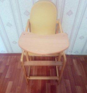 Столик и стульчик для кормления