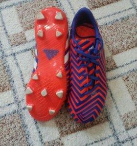 Футбольные бутсы (adidas)