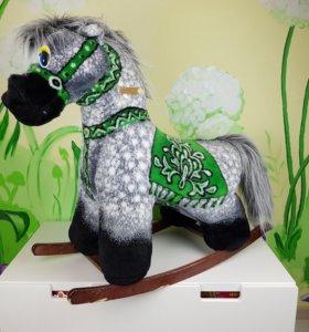 Детская игрушка-качалка Лошадка