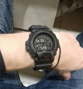 G-SHOCK DW-6900BB(casio)