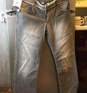 2 пары джинсов мужские серые