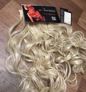 Локоны на заколках блонд