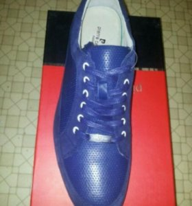 Новые ботинки Pierre Cardin