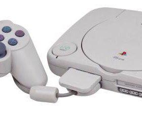 Продам PlayStation 1 , с играми и 2 джойстиками .