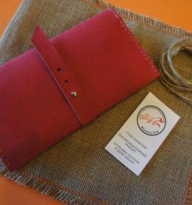 Женский кошелек клатч из натуральной кожи.