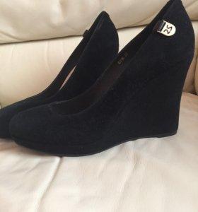Туфли замшевые р. 37