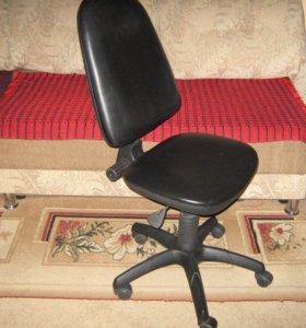 компьютерное кресло б/у