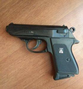 Игрушка пистолет пестонный