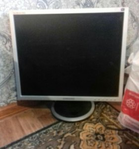 Продаю компьютор в комплекте