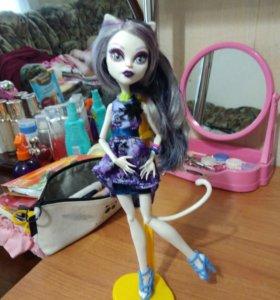 кукла Катрин Де Мяу