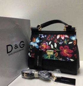 Новая женская кожаная сумочка