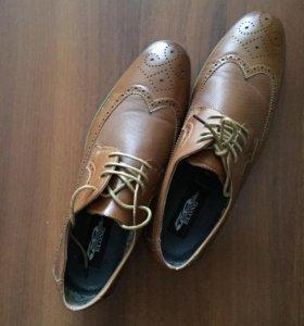 Мужские броги (туфли)