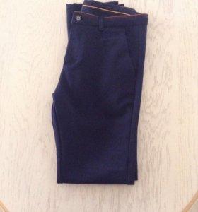 Продаю темно-синие брюки