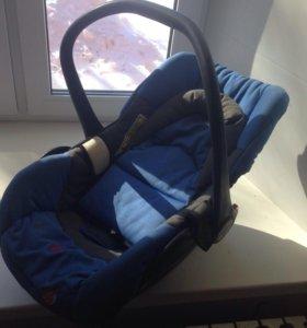 Детская автолюлька автокресло