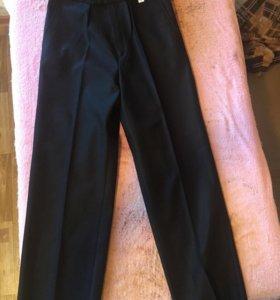 Школьные брюки новые