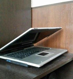 Ноутбук (не рабочий) на запчасти