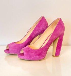 Туфли замшевые Mascotte. Цвет пурпурный. 39 р