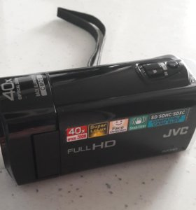 Видеокамера JVC GZ-E15BE
