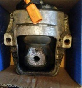 Опоры двигателя audi A4 A5 Q5