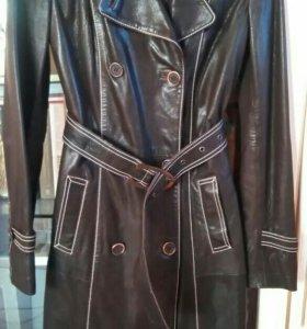 Пальто женское кожаное новое