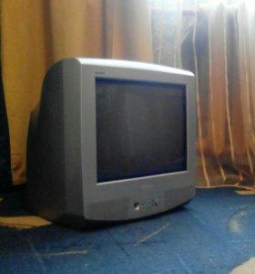 Телевизор домашний, дачный