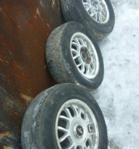 Продам колеса литые R14