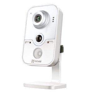 Видеокамера Ezviz C2W с Wi-Fi