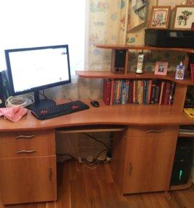 Письменный( компьютерный) стол