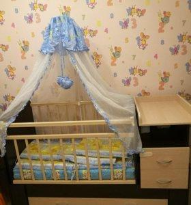 Кроватка с матрасом, балдахином и бортиками
