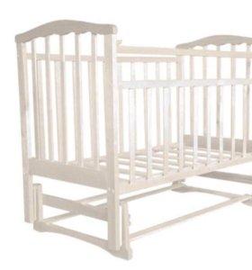 Детская кроватка с поперечным маятником,матрац