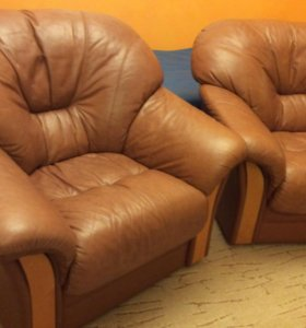 Кожаные кресла, пара