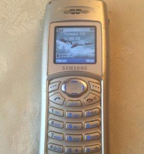 Телефон Samsung c-100
