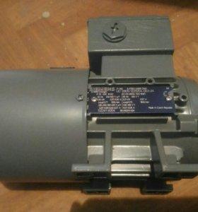 электродвигатель siemens 1la7063-4ab10-zn21
