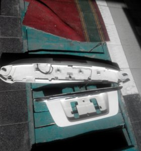 Спойлер, накладка крепления номерного знака Хонда