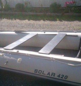 Продам лодку Solar 420, двигатель Mercury 25 jet