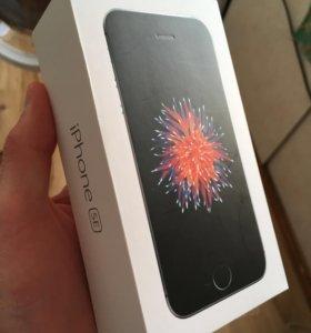 iPhone SE идеальное состояние