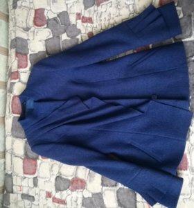 Пальто из чистой шерсти