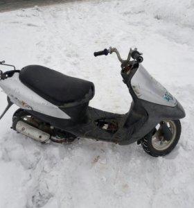 Suzuki lets 2 DX