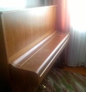 """Пианино PETROF.модель""""Опера"""",высота 125 см."""