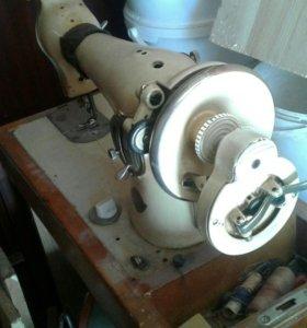 Швейная машинка
