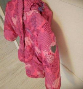 Детская курточка для девочки .