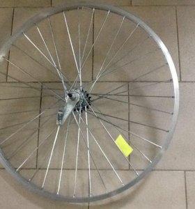 Велосипедные колёса всех размеров.
