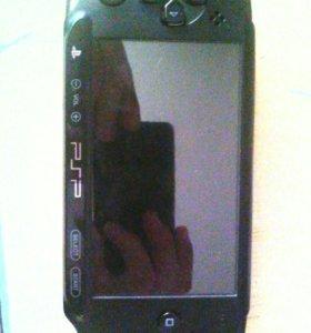 PSP E1008+Карта памяти на 8 гигов и на 2 гига