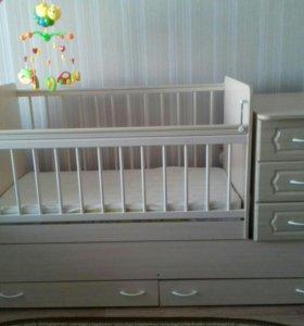 Продам детскую кроватку в отличном состоянии