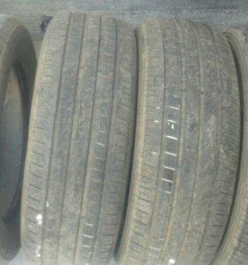 Продам шины 235/65R17