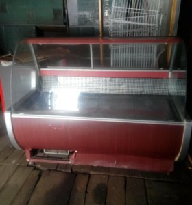 Холодильное оборудование-витрины