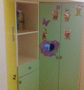 Удобная мебель в детскую кровать без матраса