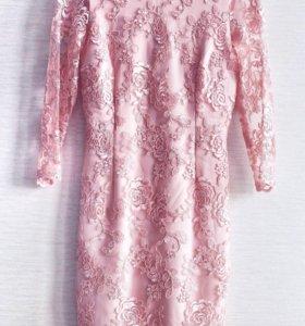 Женственное платье мини